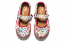 Letting My Kid Dress Herself (Even when that Means Princess Shoes)   Parenting - Yahoo Shine