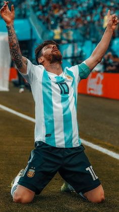Messi Pictures, Messi Photos, Soccer Pictures, Brazil Football Team, Neymar Football, Football Is Life, Football Players Images, Best Football Players, Soccer Players