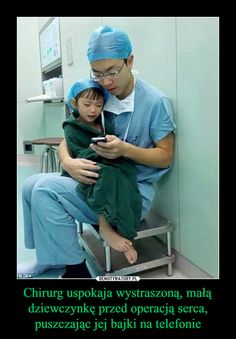 This Photo of a Heart Surgeon Comforting a Crying Girl Before Surgery is SO Touching 2 Year Old Girl, Crying Girl, Faith In Humanity Restored, Good People, Amazing People, Beautiful People, Surgery, Decir No, Feel Good