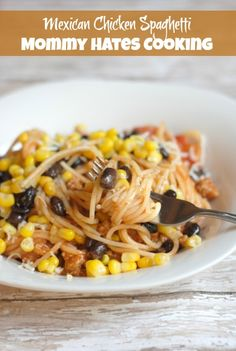 Recipe - Mexican Chicken Spaghetti #PantryStyleMeal #GlutenFreeOptional Mexican Spaghetti, Mexican Pasta, Mexican Meals, Mexican Dishes, Mexican Food Recipes, Mexican Cooking, Ethnic Recipes, Vegetarian Recipes, Easy Meals