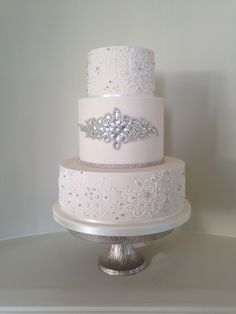Diamonds and pearl lace wedding cake