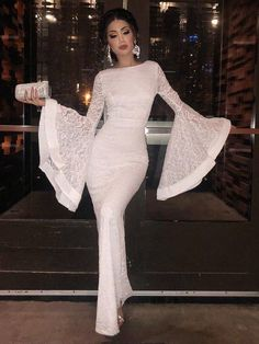 2018 Long Sleeve Gold Prom Dresses,Long Evening Dresses,Prom Dresses On Sale Want a glamorous red carpet look for a fraction of the price? Hijab Evening Dress, Hijab Dress Party, Lace Evening Dresses, Evening Gowns, Dresses Elegant, Sexy Dresses, Beautiful Dresses, Fashion Dresses, Sleeve Dresses