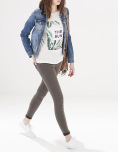 Print top T Shirt Time, Style Me, Tees, Shirts, Denim, Jackets, Clothes, Spring, Inspiration