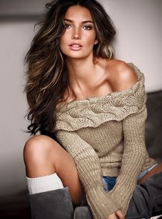 hair...sweater..shorts...boots..love it all!