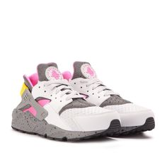 official photos ca0e1 dc398 Nike Air Huarache Run SE (Grau   Pink)