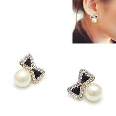 Cute Ribbon Crystal Black Pearl Stud Earrings