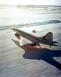 Air France Aérospatiale-BAC Concorde F-WTSA during cold weather testing at Fairbanks-International, February 1974. This pre-production aircraft was painted in the British Airways livery on the starboard side. (Photo: Airbus UK) #Concorde