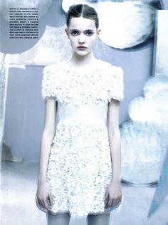 goutte de la lune - voguelovesme: Vogue Italia May 2009