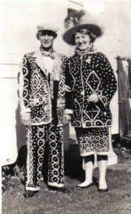 Traditional Pearly King and Queen - London Fancy Dress, Dress Up, Saga, Emperors New Clothes, Love Hat, Button Art, Mother Of Pearl Buttons, Bow, King Queen