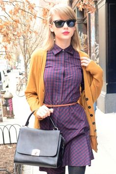 I LOVE Taylor Swift. I also LOVE her fashion!