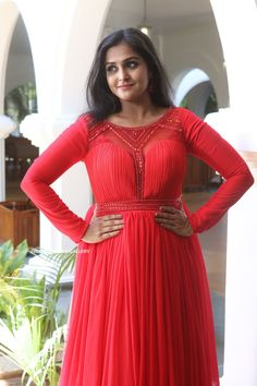 Remya Nambeesan YOGA POSES HINDI NAMES AWESOME YOGA POSE YOGA POSE  PHOTO GALLERY  | YOGAJOURNAL.COM  #EDUCRATSWEB 2020-04-19 yogajournal.com https://www.yogajournal.com/.image/t_share/MTQ2MjI2MjExMjA5NjE4NDQ5/hpmain.jpg