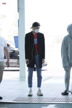 Monsta X Hyungwon, Shownu, Jooheon, Kihyun, Airport Style, Airport Fashion, Won Ho, Starship Entertainment, Cute Boys