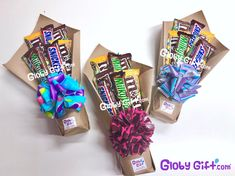 Timestamps DIY night light DIY colorful garland Cool epoxy resin projects Creative and easy crafts Plastic straw reusing ------. Candy Bouquet Diy, Gift Bouquet, Food Bouquet, Diy Birthday, Birthday Gifts, Homemade Gifts, Diy Gifts, Chocolate Bouquet Diy, Dessert Halloween