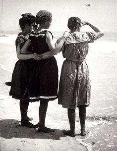 Plage - Photos anciennes et d'autrefois, photographies d'époque en noir et blanc