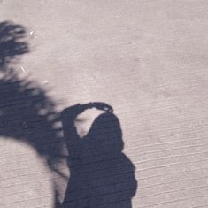Shadow Photography, Tumblr Photography, Girl Photography Poses, Hijabi Girl, Girl Hijab, Girl Photo Poses, Girl Photos, Instagram Hijab, Foto Mirror
