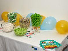 Paquetes de dulces candy bar para organizar eventos con mesa de dulces. Dulces empacados en bolsita para proyectos promocionales.