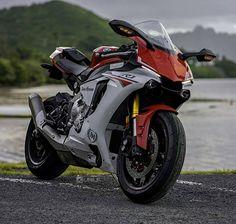Motorcycles, bikers and more : Foto Yamaha R1