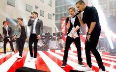 """Si no sabéis que One Direction sacarán su primera peli 3D el 30 de agosto es que sois de otro planeta  El anuncio llegó hace unos meses y desde entonces las directioners están deseando que llegue agosto. Y si no fuera gracias a Liam y Niall, hoy no sabríamos nada más de esta peli, pero estos dos chicos han querido dar un mini adelanto de lo que les espera a las directioners.  Esto es lo que contó Niall Horan sobre la peli:  """"Va a ser una película de concierto, pero con un poco document"""