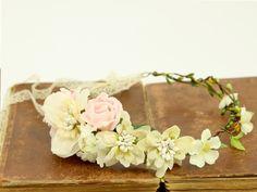 ♥ Kwiatowy wianek na głowę ♥ Romantic Look ♥ - LolaWhite - Kwiaty do włosów Floral Wreath, Wreaths, Etsy, Decor, Floral Crown, Decoration, Door Wreaths, Deco Mesh Wreaths, Decorating