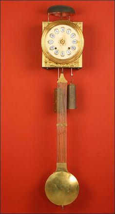 Antiguo Reloj de Pared de Tipo Morez. Francia, ca. 1900.