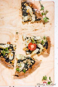 Madam Rote Rübe: Vollkornpizza mit Blattspinat u. Artischockenherzen