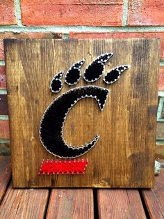 University of Cincinnati Bearcats String Art, MADE TO ORDER