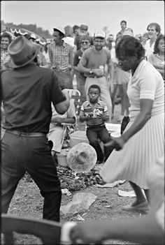 1986: First Annual King Biscuit Blues Festival in Helena.