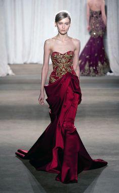 Marchesa at New York Fashion Week Fall 2013 - Runway Photos Style Couture, Couture Fashion, Runway Fashion, Fashion Show, Fashion Week, Fashion Fashion, Marchesa, Beautiful Gowns, Beautiful Outfits