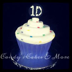 One direction cupcake cake