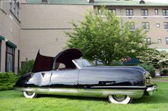 1941 Chrysler Thunderbolt DV  designed by Alex Tremulis and Ralph Roberts. 6 were built.