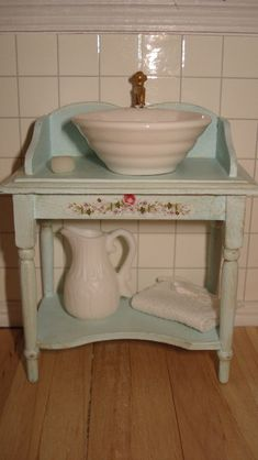 Miniature Wash Bowl and Stand