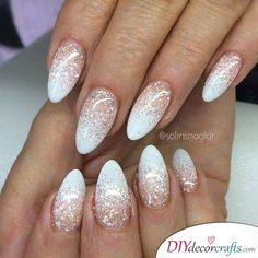 86 Best Pretty And Eye-catching 💅 Short Round Nails Design For Prom And Work 💖 - Short Round Nail Art 03 💕𝕴𝖋 𝖀 𝕷𝖎𝖐𝖊, 𝕱𝖔𝖑𝖑𝖔𝖜 𝖀𝖘!💕 💕 💕 💕 💕 💕 💕 💕 💕💕 Everythings about gorgeous short round nails design you may love! French Nails, French Manicures, Almond Shape Nails, White Almond Nails, Nails Shape, White Nail Art, White Polish, White Art, Black White