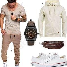 Lässiges Herren-Outfit mit Amaci&Sons Shirt, Fossil Armbanduhr und Lederarmband, beigem Blend Hoodie, MT Styles Jogginghose und Converse Sneakern.