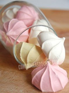 Halloween Party Treats Appetizers and Desserts Recipes - How to Make Marshmallow Web Topped Cupcakes via Handmade Charlotte Meringue Cookies, Cake Cookies, Easy Meringue Recipe, Gateaux Cake, Portuguese Recipes, Pavlova, Sweet Recipes, Sweet Treats, Bakery
