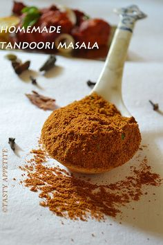 Tomlinson Times: As promised - Homemade Mix Recipes Homemade Spices, Homemade Seasonings, Chicken Masala, Butter Chicken, Tandoori Masala Recipe, Tandoori Spice Recipe, Tandoori Seasoning Recipe, Tandoori Recipes, Gastronomia