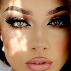 awesome Как сделать макияж для каре-зеленых глаз? (50 фото) — Полезные советы Читай больше http://avrorra.com/makiyazh-dlya-kare-zelenyx-glaz-foto/