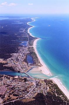 aerial image of Scamander Tasmania Ocean Pictures, Outdoor Pictures, Ocean Pics, New Year's Eve Around The World, Places Around The World, Around The Worlds, Australia Living, Australia Travel, Beautiful Places To Visit