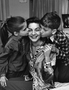 Lauren Bacall with her kids,leslie bogart & stephen bogart