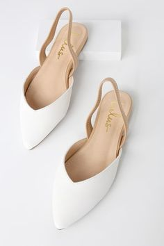 Step into style with the Lulus Mae White and Nude Pointed-Toe Slingback Flats! Cute slingback flats with notched pointed-toe vegan uppers. Womens High Heels, Womens Flats, Diamante Shoes, Pointed Loafers, Pointy Flats, Coral Sandals, Women's Sandals, Dress Sandals, Wedding Boots
