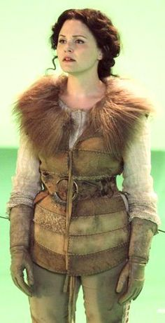 Ginnifer Goodwin in costume filming Once Upon a Time, costume designer Eduardo Castro