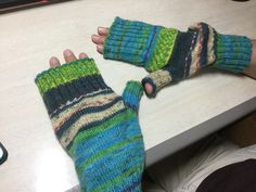 Knitted item   Arm holder