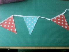 Jolee Tablecloths How to Make Bunting from PVC or Oilcloth Tablecloth