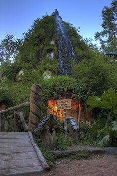 Huilo Huilo Magaic Mountain Lodge, Chile. http://www.flickr.com/photos/juortgon/5459978206/