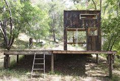 A Bohemian Surf Shack in Topanga Canyon, a weekend project created by designer/builder/surfer Mason St. Peter and his artist wife, Serena Mitnik-Miller Surf Shack, Tiny House Swoon, Tiny House Cabin, Tiny Houses, Tiny House Movement, Ideas De Cabina, Topanga Canyon, Cabin In The Woods, Tiny Cabins