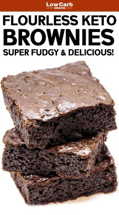 Easy Flourless Chocolate Keto Brownies Recipe These homemade low carb fudge brownies are so amazing The best keto dessert or snack recipe you ll ever have Also gluten fre. Keto Desserts, Desserts Sains, Keto Friendly Desserts, Keto Snacks, Easy Desserts, Flourless Desserts, Holiday Desserts, Diabetic Friendly, Keto Sweet Snacks
