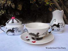 Piezas que complacen las sombras de tu alma: WONDERLAND TEA PARTY