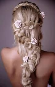 Dye your hair simple & easy to champagne pink hair color - temporarily use coral pink hair dye to achieve brilliant results! DIY your hair salmon pink with hair chalk Wedding Hairstyles For Long Hair, Pretty Hairstyles, Hair Wedding, Prom Hairstyles, Amazing Hairstyles, Ladies Hairstyles, Hairstyle Wedding, Mermaid Hairstyles, Wedding Blog