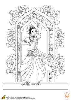 Une jeune danseuse Hindi, prête à s'exécuter et à être embellie par des couleurs