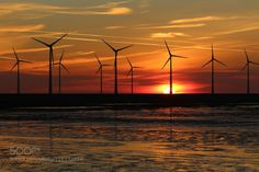 Spätsommer in Holland 17.. by dirkwiemann  Abendrot Holland Sonnenuntergang Spätsommer Windenergie Windkraft Windmühlen dirkwiemann