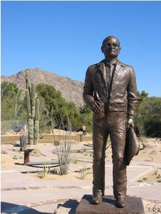Barry Goldwater by Kathryn Gasser. One must-see attraction in Town is the Goldwater Memorial.  The Town of Paradise Valley is pleased to have commissioned the first major work of art to celebrate the life of Senator Barry Goldwater. A long time resident of the Town, he retired to Be-Nun-I-Kin, the name he gave to his hilltop home in Paradise Valley, after serving in the U.S. Senate for three decades.  #ParadiseValley #Arizona #HiteRentals